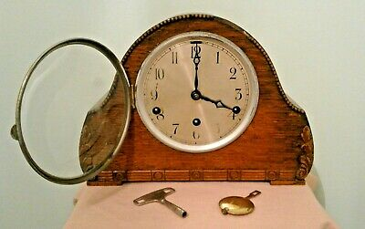 Vintage 1930s Art Deco Westminster Chimes Mantle Clock with Key and Pendulum