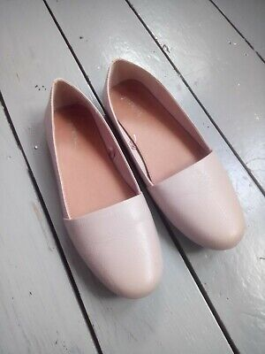 Next ladies flat shoes beige uk size 5 great condition hardly worn