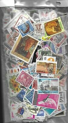 World off-paper kiloware, close to 1,000 stamps,  (7) 63g