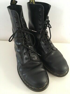 Dr Martens Air Wair Black Leather 10-Eyelet Lace-Up High Ankle Boots 7 41
