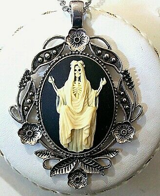 New - SANTA MUERTE CAMEO SILVER PENDANT NECKLACE Holy Angel of Night & Death