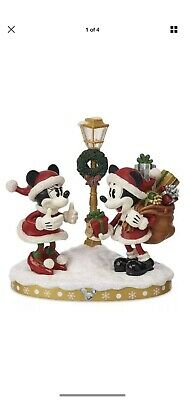 Disney Parks Santa Mickey & Minnie Light-Up Christmas Holiday Figure Figurine
