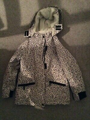 girls winter coat age 8-9 Years