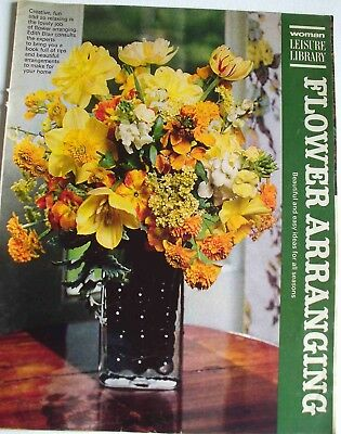 Vintage 1969 Flower Arranging Woman Leisure Library Magazine pull out