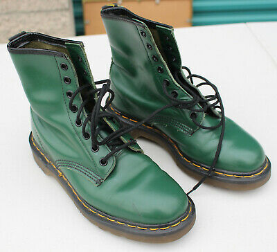 Vintage Doc Dr. Martens Air Wair 1460 Green Smooth Leather 8-Hole Combat Boots
