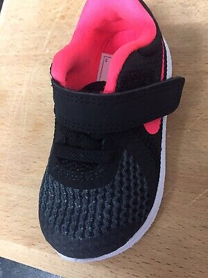 Baby Girl Nike Trainers Size 4.5