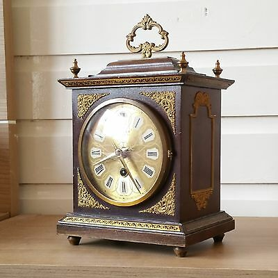 A BEAUTIFUL Art deco/antique wooden shelf MANTEL PENDULUM clock