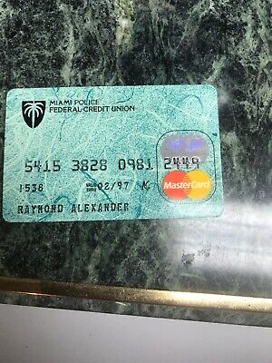 VINTAGE COLLECTIBLE MIAMI POLICE FEDERAL CREDIT UNION BANK CARD, EXP 1997 (f)