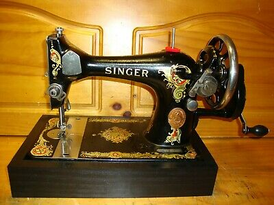 "Antique Singer Sewing Machine Model 128 "" La Vencedora""   ,Hand Crank ,Serviced"
