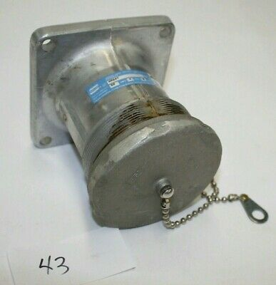 1x NEW Crouse-Hinds AR647 Arktite Receptacle M3 Body Grounded 4 Amp 4 Wire Pole
