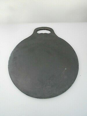 OLD  ANTIQUE HEAVY CAST IRON BAKESTONE 12 INCHES 5.3kg