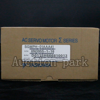 1PC NEW IN BOX Yaskawa servo Motor SGMPH-01AAA41 one year warranty
