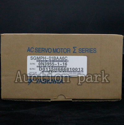 1PC NEW IN BOX Yaskawa servo Motor SGMPH-01BAA6C one year warranty