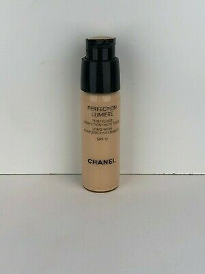 Chanel Perfection Lumiere Foundation 20 Beige 20ML