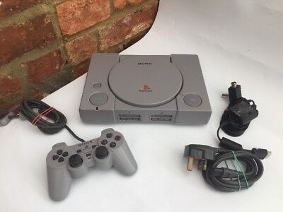 SONY PLAYSTATION 1 PS1 CONSOLE / Tested Working & Controller / 1 FREE GAME