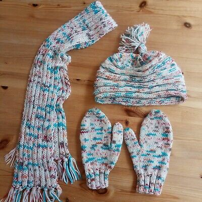 Winter set for a child or teenager - beanie, mittens, scarf