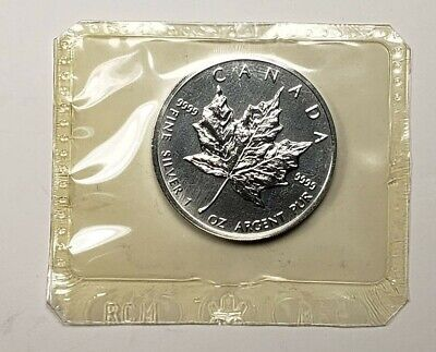 1999 Canada $5.00 1 oz Silver Maple Leaf .9999 Original Mint Packaging