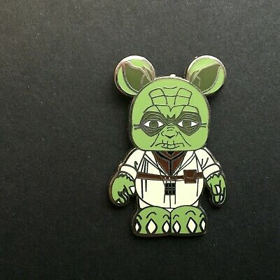 Vinylmation Mystery Pin Collection - Star Wars - Yoda Only Disney Pin 77557