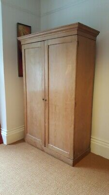 Antique early 20th century wardrobe/linen cupboard.