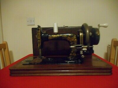 Vintage Frister Rossmann Hand Crank Sewing Machine With Carry Case