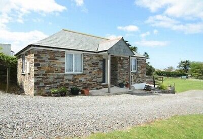 Remote Holiday Cottage in Tintagel, Cornwall to let