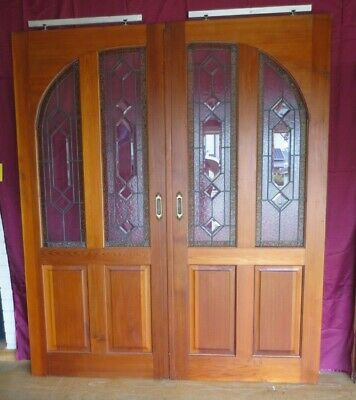 Solid pair of lead light -  sliding doors - Glass in perfect condition