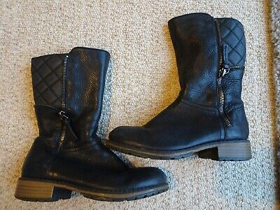 Girls Clarks Black leather boots size 10 1/2 F
