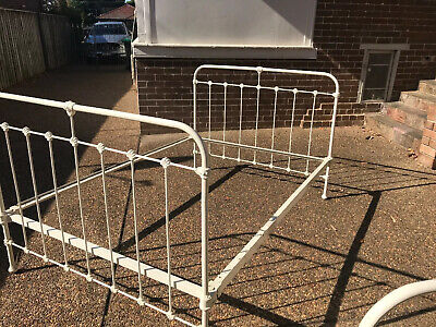 ANTIQUE IRON DOUBLE BED comes with HARDWOOD SLATS COLLECT DENISTONE