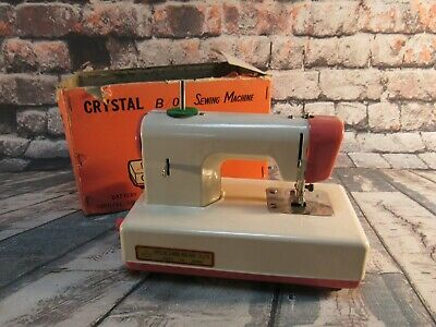 Vintage Crystal B/O Sewing Machine RE-70 Battery or Hand Operated - Pink