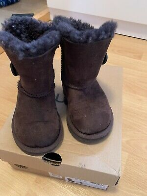 Genuine Uggs Infants Girls Chocolate brown Style Size 85 Inf VGC With Box