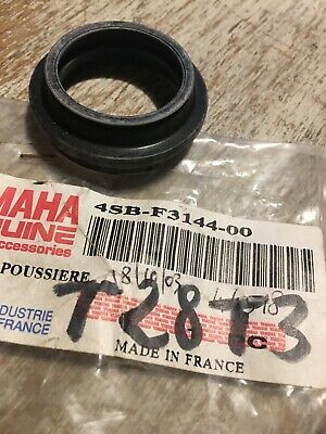 Yamaha 4SB-F3144-00 joint cache poussière fourche 50 BWS Bump Booster Track CW50