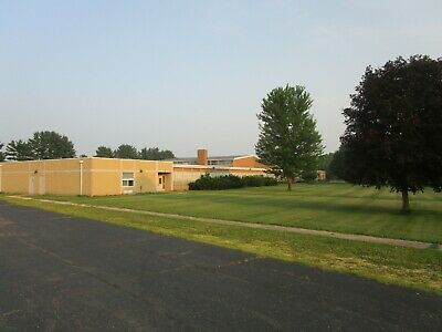 Huge Illinois School,Home,House,Business,Storage,Furniture Warehouse,8 Acres