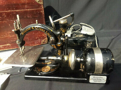 """Antique Willcox and Gibbs Sewing machine """"The RUFFLER""""- LOTS of accessories!"""