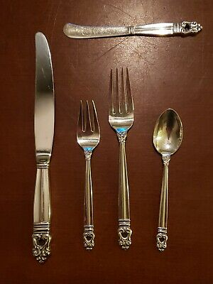 International Sterling silver flatware 5 piece place setting Royal Danish patter