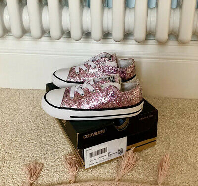 Girls Pink Glitter Converse Trainers Size 9 Excellent Condition