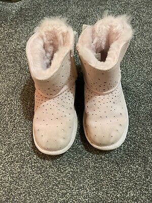 Girls Ugg Boots Size 13 In Pale  Pink