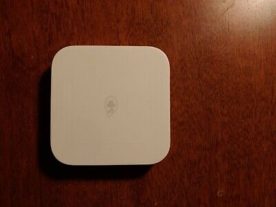 Square Contactless Credit Card and Chip Reader - White
