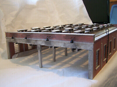 BACHMANN 00 GAUGE SCENECRAFT - 44-050 - FOUR ROAD ENGINE SHED - as-new
