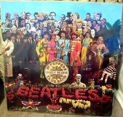"The Beatles Vinyl Record ""Sgt.peppers Lonely Hearts Club Band"" - Pcs7027 1967"