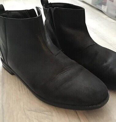 Girls Black Leather Clarks Pixie Ankle Flat Zip Boots 2.5G Wide