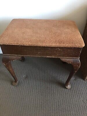 Antique Brown piano bench in used condition, can be restored easily