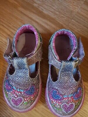 Size 19 Lelly Kelli Girls Pink Sparkly Shoes