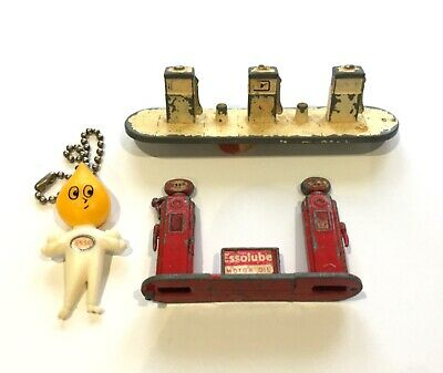 ESSO oil DROP keyring MAN vintage WITH 2 metal oil PUMPS 1950/1960s 99p FREE P&P