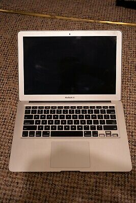 Apple MC965LL/A 13.3in. 128GB SSD Intel Core i5  1.7GHz 4GB RAM Laptop