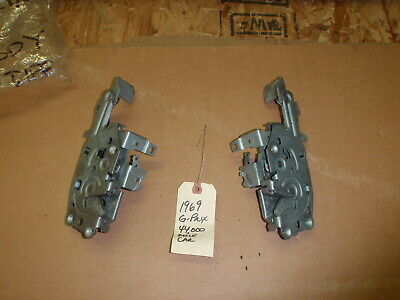 GM 8727607 1969-72 Pontiac Grand Prix Chrome Door Handle Set