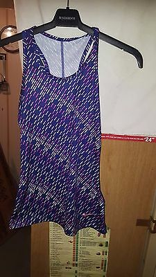 Girls Nike Dri Fit Sleeveless Stretchy Top Navy And Red Age 10-12 Years