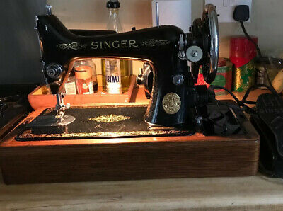 Vintage 1935 Singer Sewing Machine 99k Electric Model