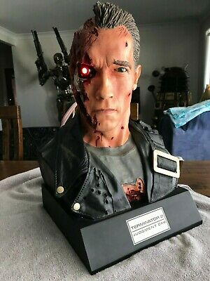 Sideshow Collectibles Terminator 2 Judgement Day T 800 Life Size Bust NEW MIB A+
