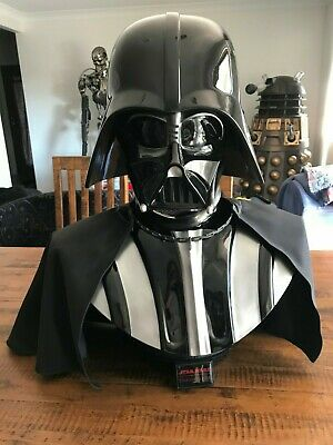Star Wars - Darth Vader Life-Size Bust 1:1 Sideshow Collectibles Brand NEW in Bx