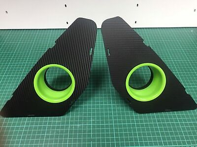 Ford Focus RS Mk2 Cold Air Feed. Carbon Fibre Plate With Green Trumpet N/S - O/S